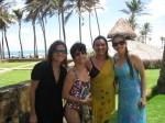 Pri, Mami, Carla e Eu.... descanço no Domingo. Esta família é de Deus!